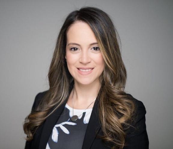 Abogados de Inmigración – Elizabeth Cordoba